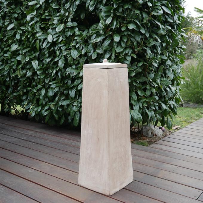 Terracotta Säule