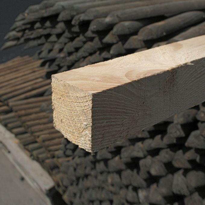 Rahmenholz 4 x 4 cm, sägerauh, künstlich getrocknet