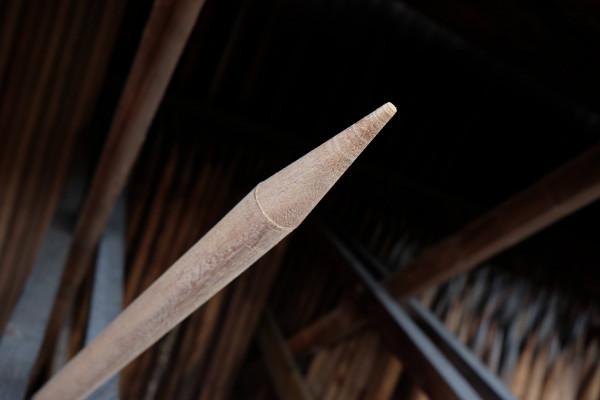 Abb. zeigt ein Cumaru Pfahl im Durchm. 2 cm