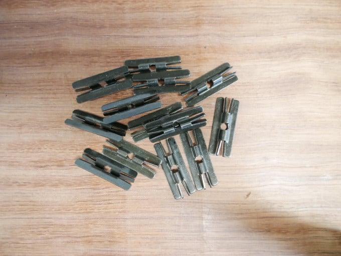 Metallclip incl. Schrauben für WPC/BPC Dielen, Paket á 50 Stck.