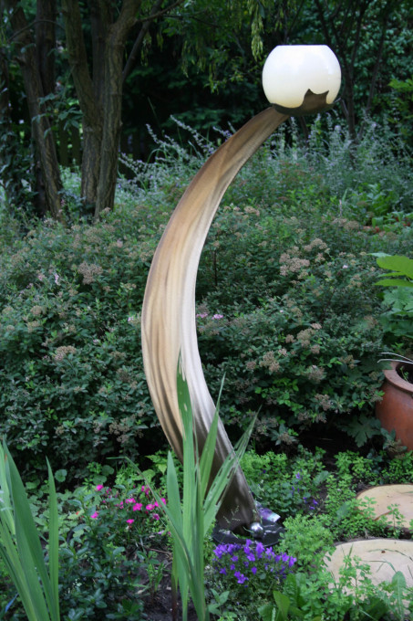 s98003 im Garten