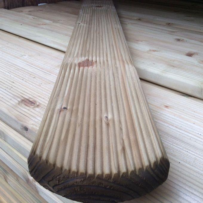 Zaunbrett Mosel, Rundkopf, geriffelt 22 x 95 mm, kesseldruckimprägniert